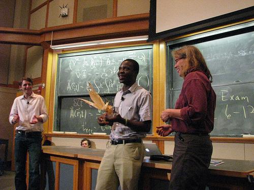 Esinenmine MIT-is