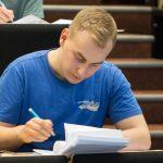 Tartu noormees Richard Luhtaru võitis Euroopa füüsikaolümpiaadi